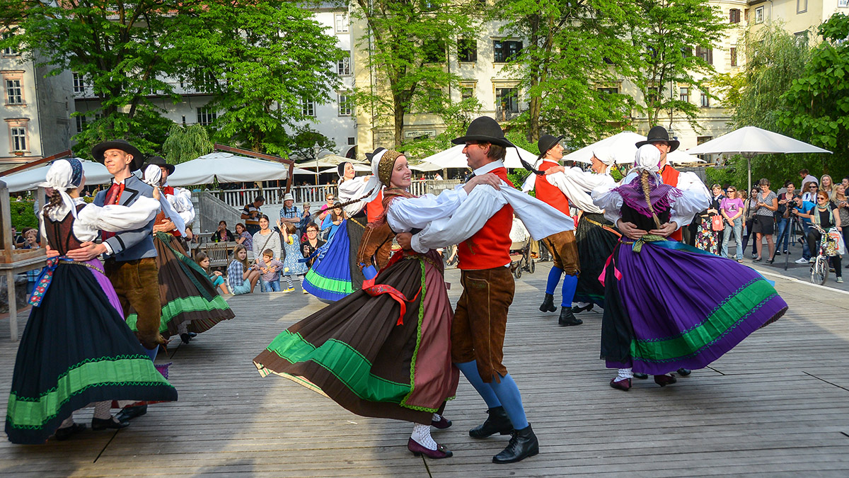 Slovenian folk dances