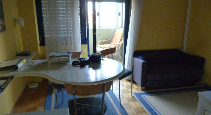 waschmaschine jena m bel design idee f r sie. Black Bedroom Furniture Sets. Home Design Ideas