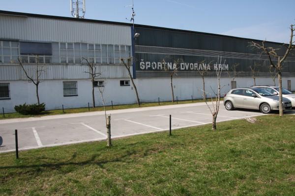 sportzentrum krim visit ljubljana. Black Bedroom Furniture Sets. Home Design Ideas