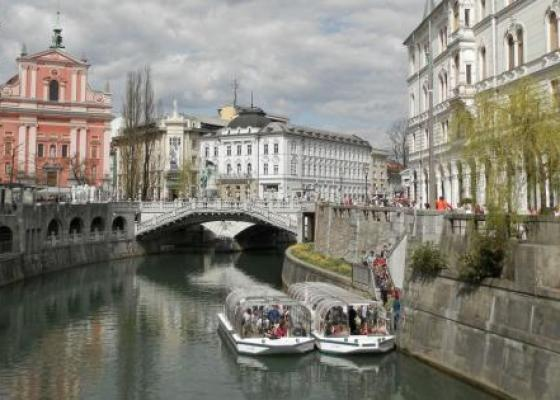 Cruises on board the Ljubljana tourist boat